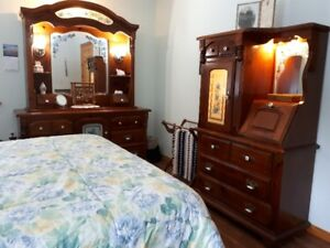 BEDROOM SUITE (Hutch Style)