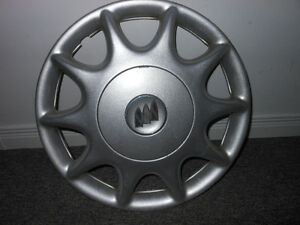Hubcap Enjoliveur Wheel cover Buick 15 inch 9592348 Gatineau Ottawa / Gatineau Area image 1