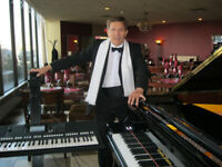 PIANO/ACCORDION PLAYER for RESTAURANT or CLUB - Portable Piano