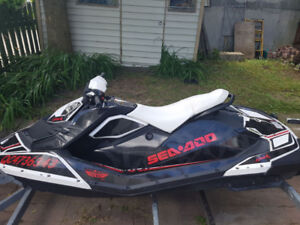 Seadoo Spark 2 places 900 HO iBr double trailer 40h only!!