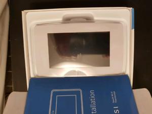 WiFi Thermostat Sensii Touch