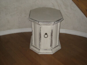 Coffee end table antique finish