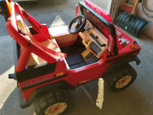 Peg Perego Montana Jeep for kids 12V please read the ad