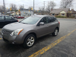 2010 NISSIAN ROGUE GREAT DEAL!