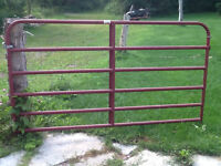 "7'8"" Red Farm Gate"