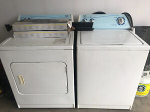 INGLIS Washer and Dryer (FREE) but must pick up in Airdrie.