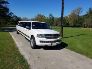 2014 Lincoln Navigator Limousine by Tiffany Coachworks