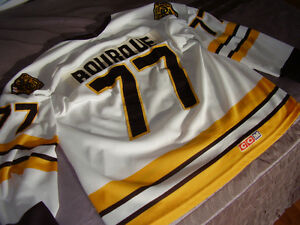 NHL - Boston Bruins home CCM vintage stitched name and number Gatineau Ottawa / Gatineau Area image 2