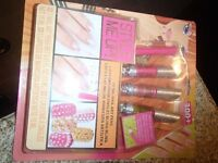 NAIL ART SET---BRAND NEW!!