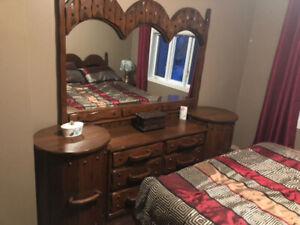 Beau mobilier de chambre à coucher