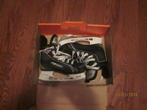 Youth Size (13)  Bauer Supreme Pro