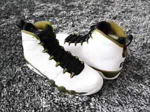 DS NEW Nike Air Jordan IX Statue size 7.5 mens