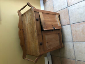 Antique wash stand with solid top, one drawer and two doors.  Gr
