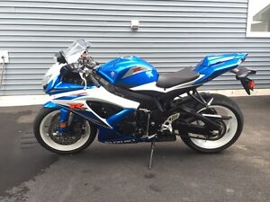2009 GSXR600 for sale, MINT only 2000km