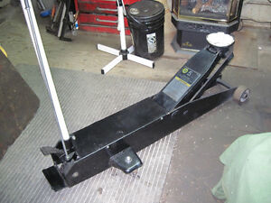 Heavy Duty 5 Ton  Floor Jack Kitchener / Waterloo Kitchener Area image 3