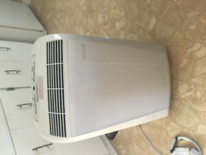Portable air conditioner with all attachments