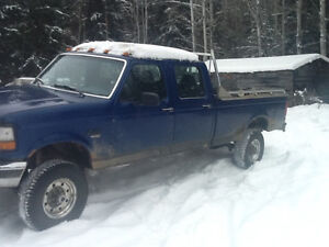 Low Kms on 1997 F-350 7.3 liter diesel with brand new tranny Prince George British Columbia image 4