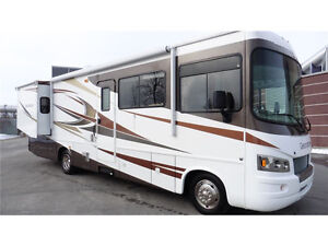 2010 Forest River Georgetown 337DS - Class A RV 33' - REDUCED! West Island Greater Montréal image 1