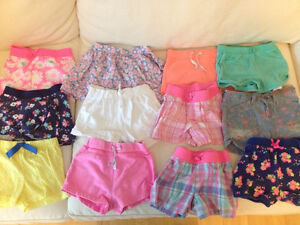 Lot de vêtements de fille 24 mois/2T été / Girl summer clothes
