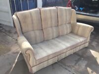 Free to collector 3-seater settee