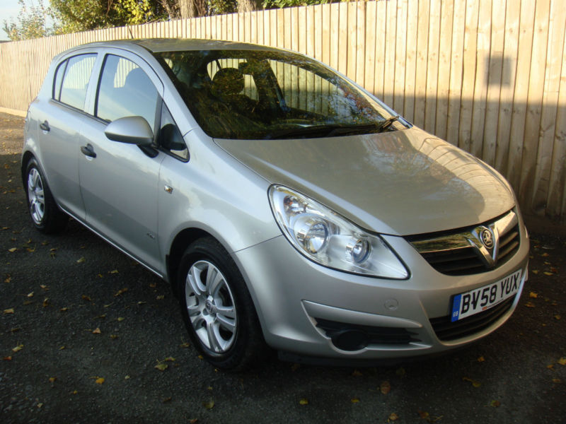2008 58 vauxhall opel corsa 16v active 5 door 60 1 mpg may p x in hinckley. Black Bedroom Furniture Sets. Home Design Ideas