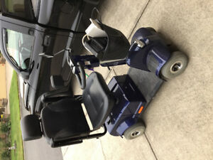 NEAR NEW IN EXCELLENT CONDITION MEDICAL SCOOTER