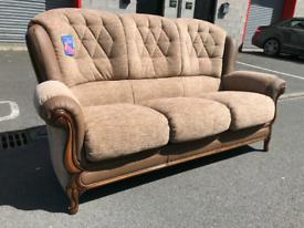 🤩🤩🤩Brand New Divani Italian Fabric and Leather 3 Seater Sofa 🤩🤩🤩
