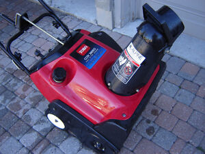Toro SnowBlower with Electric Start, Looks and Runs Like New   T