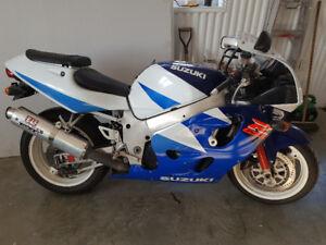 GSX-R 600 suzuki 1997