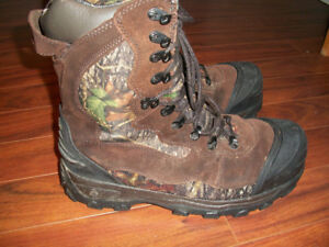 Rocky 1200 boots. Size 13, insulated