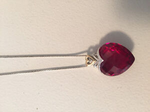 Ruby diamond and gold necklace with detailing
