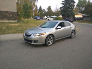 2009 Acura TSX only 136kms automatic