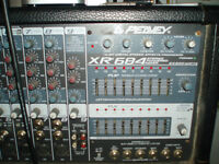 PEAVEY XR684 POWER MIXER ANS SPEAKERS