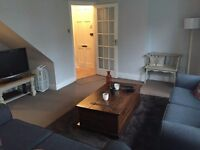 Lovely Large 1 bedroom flat with Garden & Balcony