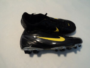 NIKI SOCCER SHOES BRAND NEW