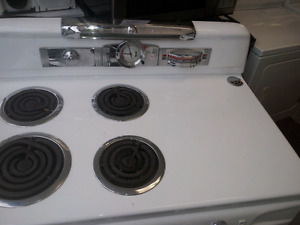old moffat electric stove moving sale open to nice offer