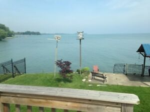 Lake front vacation cottage 15 min to Port Dover
