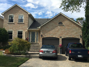Gorgeous 2-garage-door 5-bedroom detached house for rent.