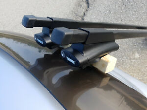 Thule 450 Crossroad roof racks for factory rails (IMMACULATE)