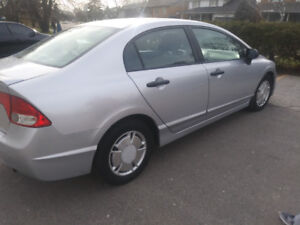 2011 Honda Civic  one owner lady driving 140 km