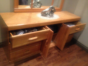 Like New - Triple Dresser and Mirror