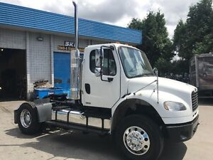 2008 Freightliner M2 Single axle tractor