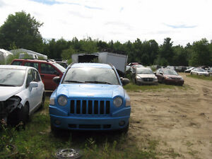 "2008 JEEP COMPASS 2.4L 2X4 AUTO "" PIECES A VENDRE """