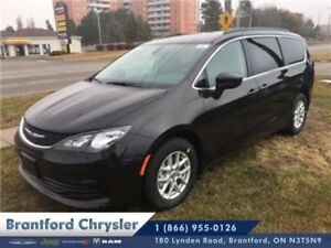 2017 Chrysler Pacifica Touring  - $300.58 B/W