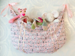 Handmade toy hammock/hamper