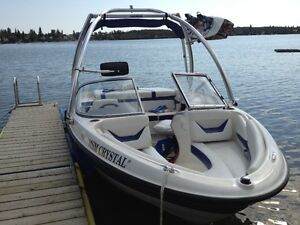 2005 Bayliner 185 with 4.3l Mercruiser Engine & Wakeboard Tower