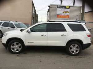 2008 GMC ACADIA SLT ALL WHEEL DRIVE LEATHER LOADED !
