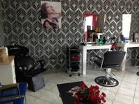 Salon Coiffure For Sale