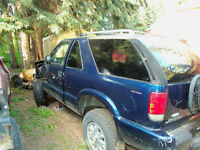 2002 GMC Jimmy parts truck