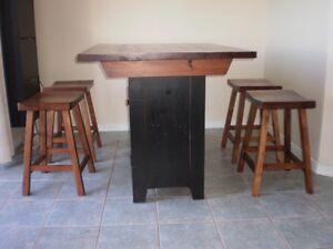 Pine table & stools